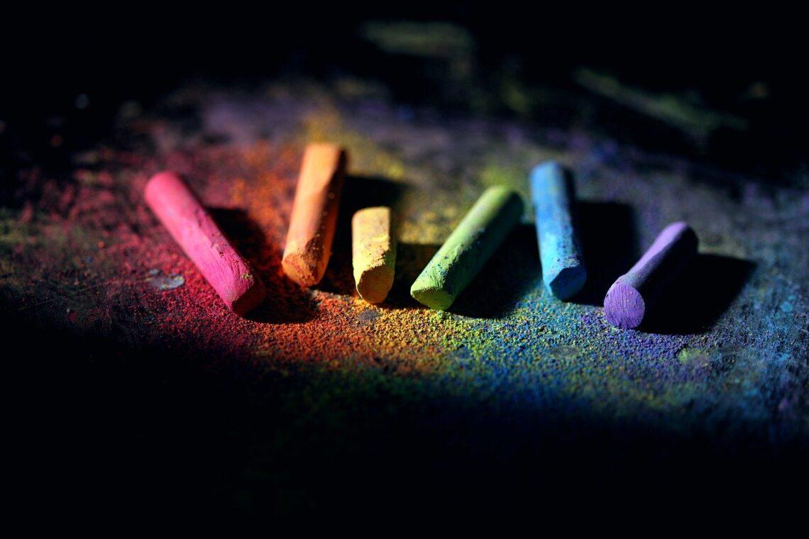 Las mejores marcas de pastel seco, chalk, colorful, dust